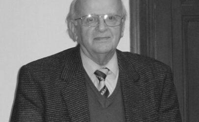 (Magyar) Elhunyt Tegyey Imre tanár úr: rá emlékezünk